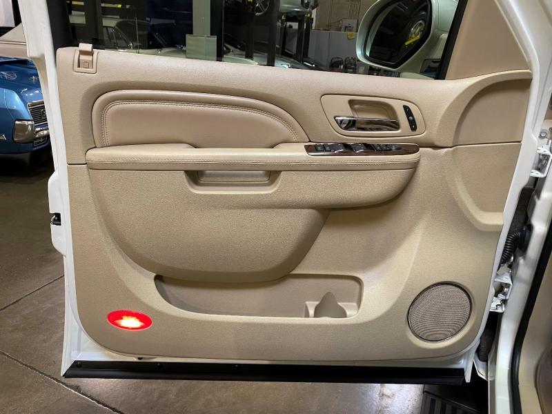 Cadillac Escalade 2011 price $28,750
