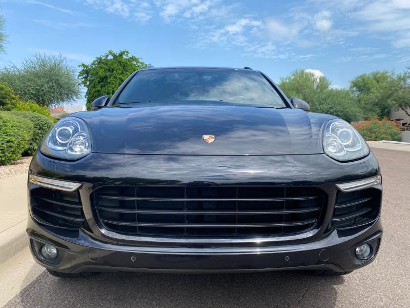 Porsche Cayenne 2017 price $42,900