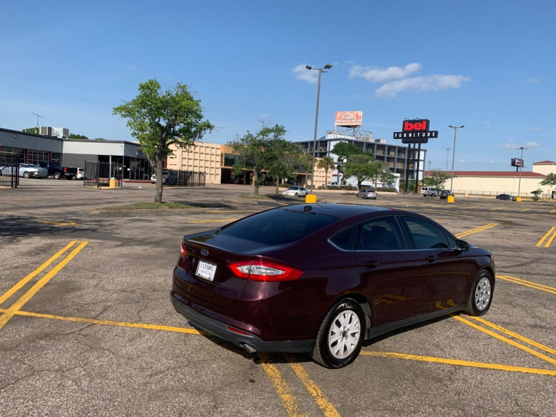 Ford Fusion 2013 price $6,990