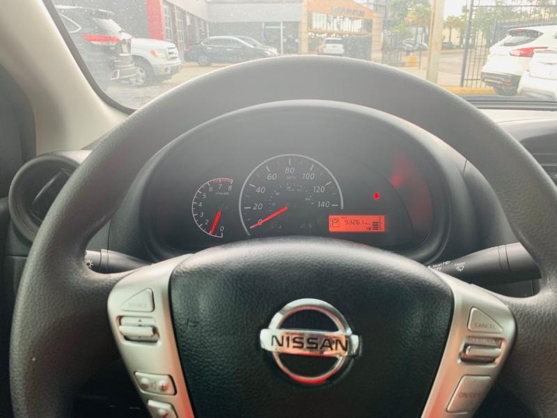 Nissan Versa Sedan 2017 price $7,990