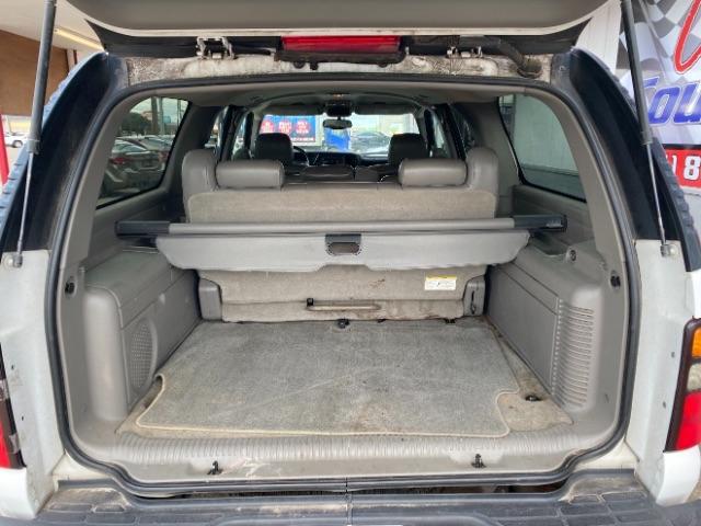 GMC Yukon XL 2004 price $5,900