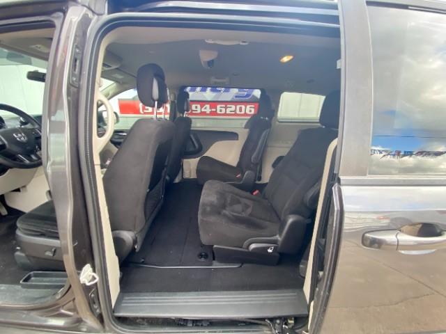 Dodge Grand Caravan 2016 price $11,900