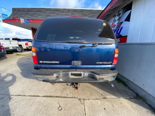 Chevrolet Suburban 2001 price $5,900