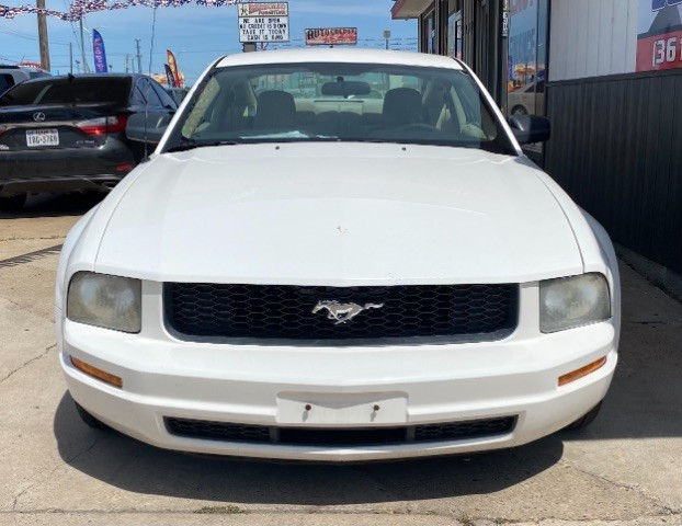 Ford Mustang 2007 price $7,900