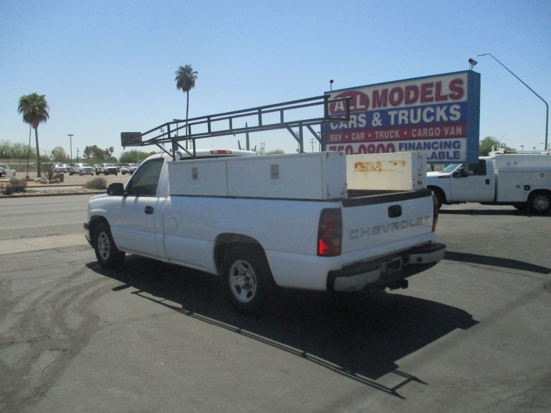 Chevrolet Silverado 1500 2004 price $7,995 Cash
