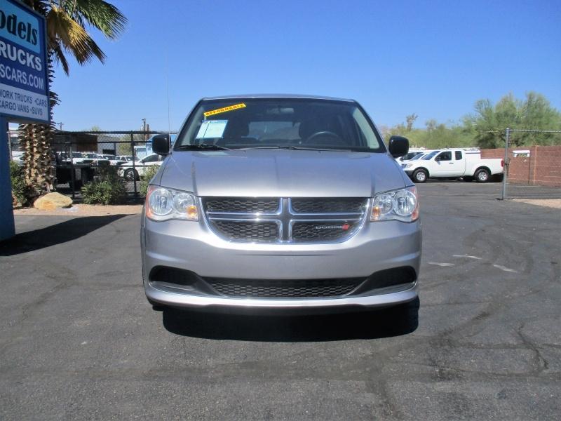 Dodge Grand Caravan 2016 price $8,995