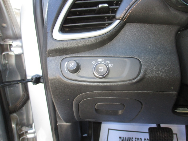 Chevrolet Trax 2018 price $9,995