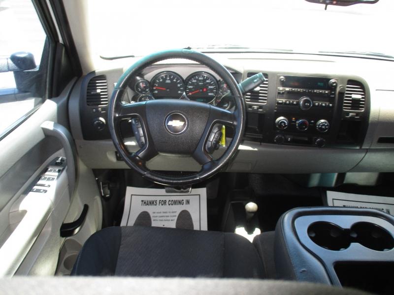 Chevrolet Silverado 2500HD 2013 price $17,995