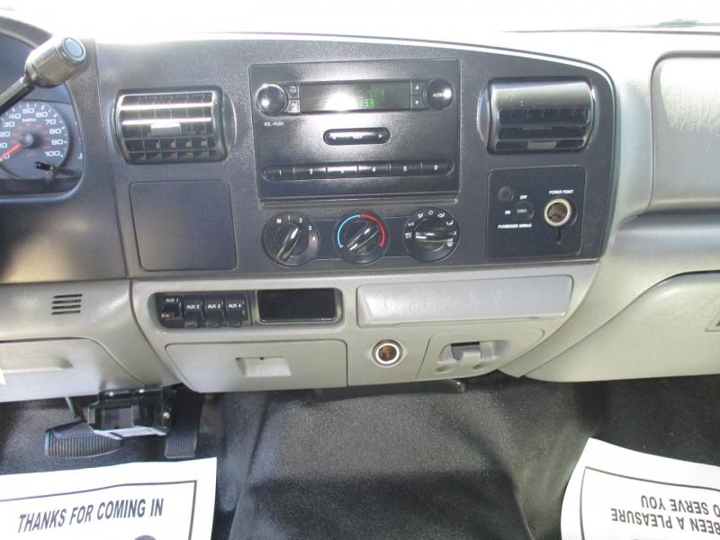 Ford Super Duty F-550 DRW 2005 price $14,995