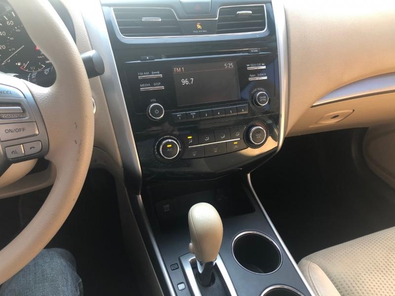 Nissan Altima 2015 price $8,995