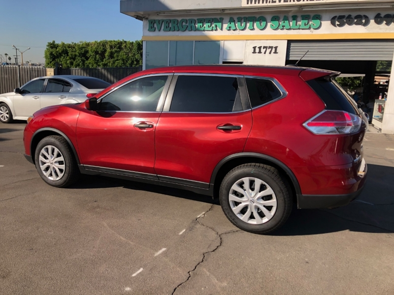 Nissan Rogue 2016 price $10,995