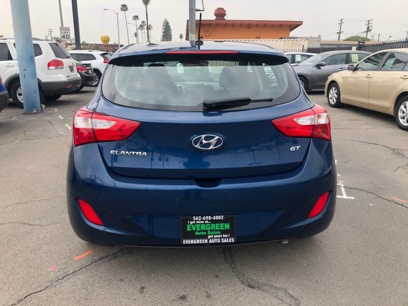 Hyundai Elantra GT 2015 price $7,995