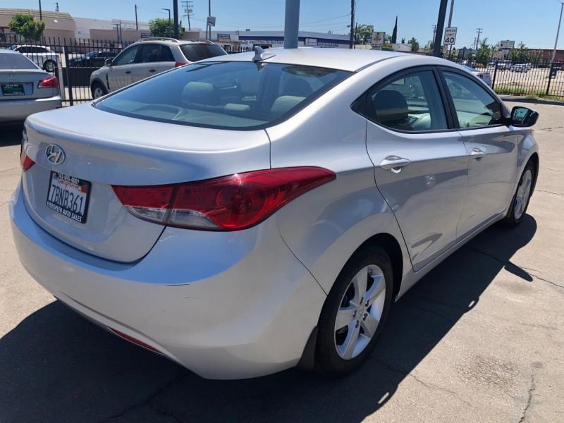 Hyundai Elantra 2013 price $8,495