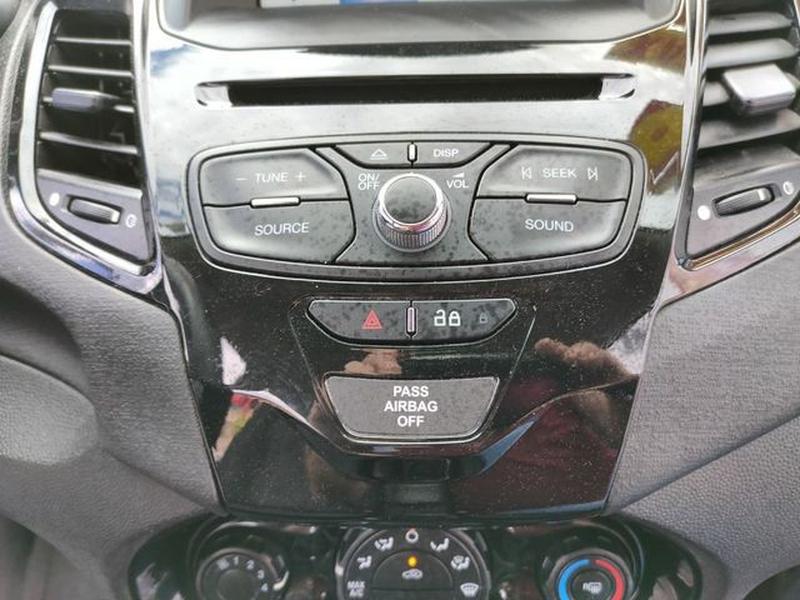 Ford Fiesta 2016 price $8,495