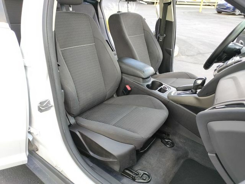 Ford Focus 2012 price $8,495