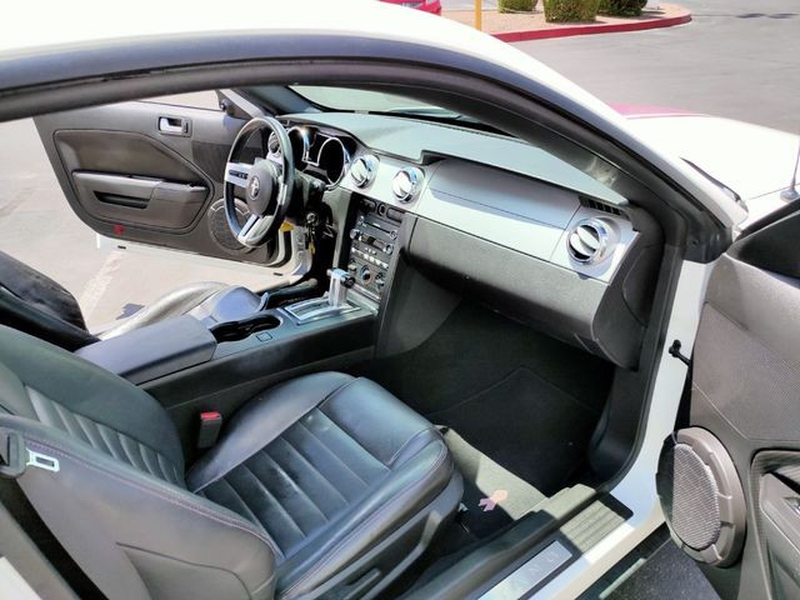 Ford Mustang 2009 price $8,495