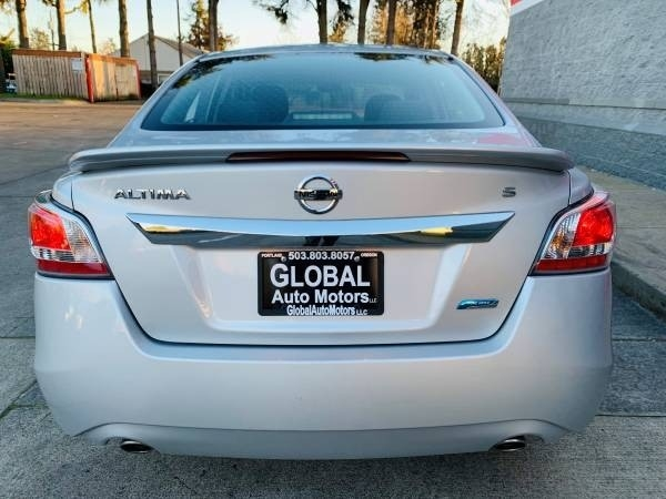 Nissan Altima 2014 price $10,900