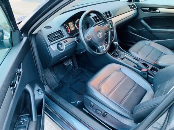 Volkswagen Passat 2014 price $9,900