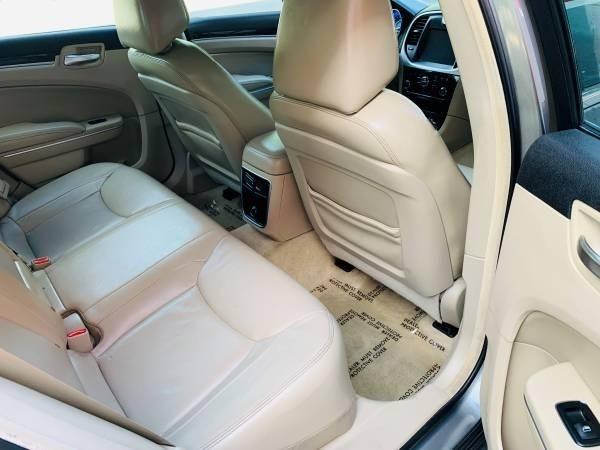Chrysler 300 2012 price $9,900