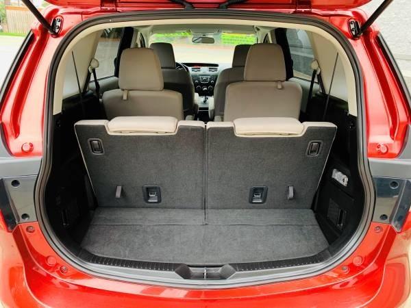Mazda Mazda5 2015 price $9,900