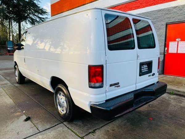 Ford Econoline Cargo Van 2013 price $11,900