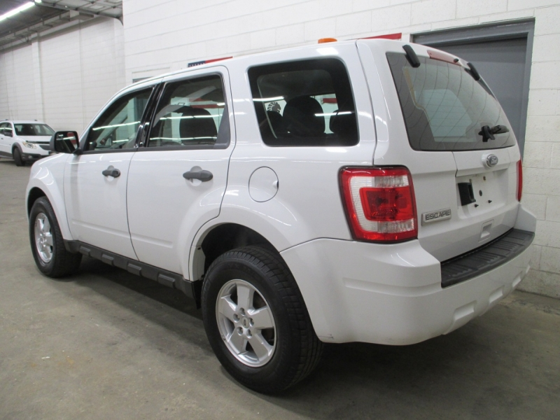 Ford Escape 2010 price $7,950