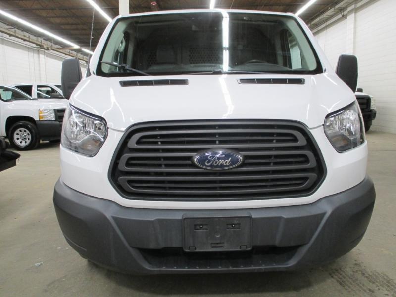 Ford Transit Van 2017 price $18,950