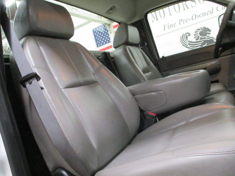 Chevrolet Silverado 2500HD 2007 price $9,950