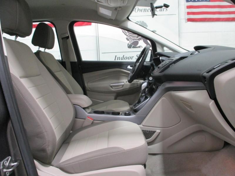 Ford C-Max Hybrid 2014 price $7,950