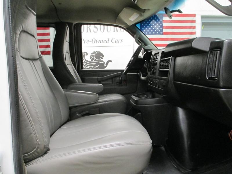 Chevrolet Express Passenger 2016 price $11,950