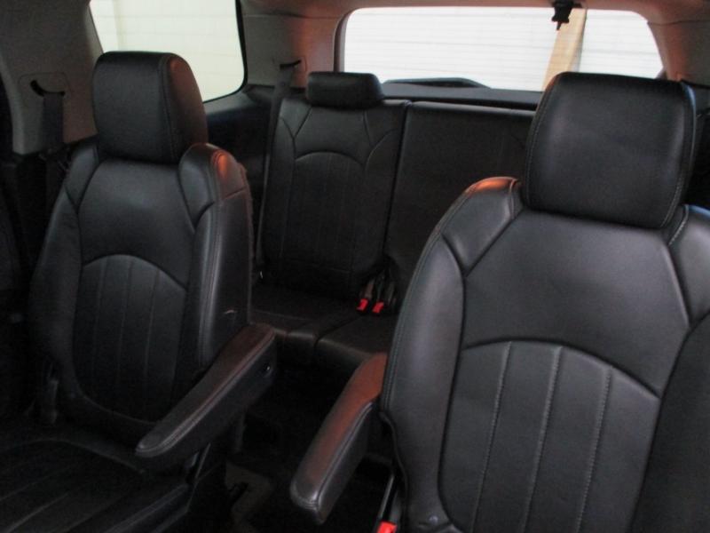 GMC Acadia 2014 price $15,950