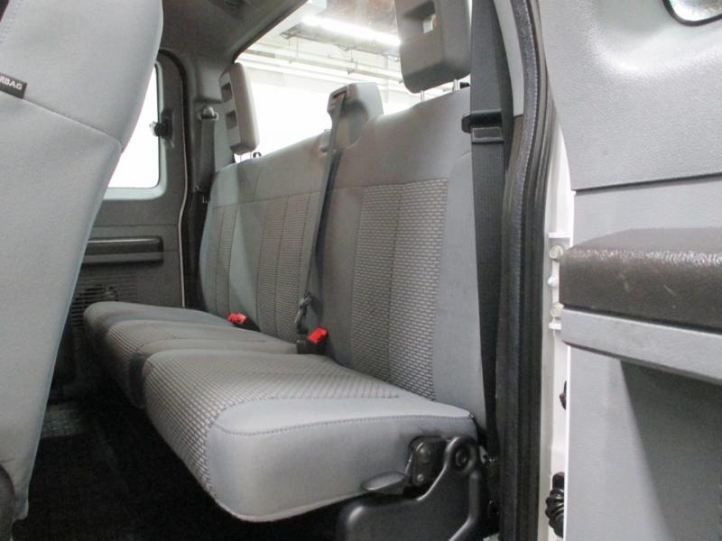 Ford Super Duty F-250 XL 4WD 2016 price $17,950