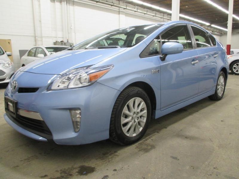 Toyota Prius Plug-In 2014 price $11,450