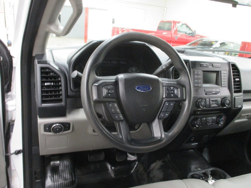 Ford F-150 2016 price $26,950
