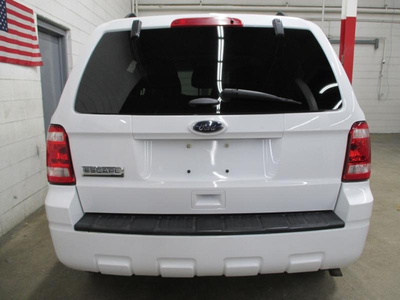 Ford Escape 2012 price $7,950