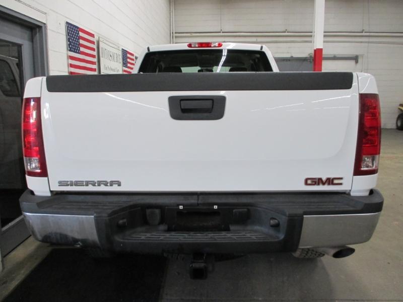 GMC Sierra 2500HD 2010 price $14,450