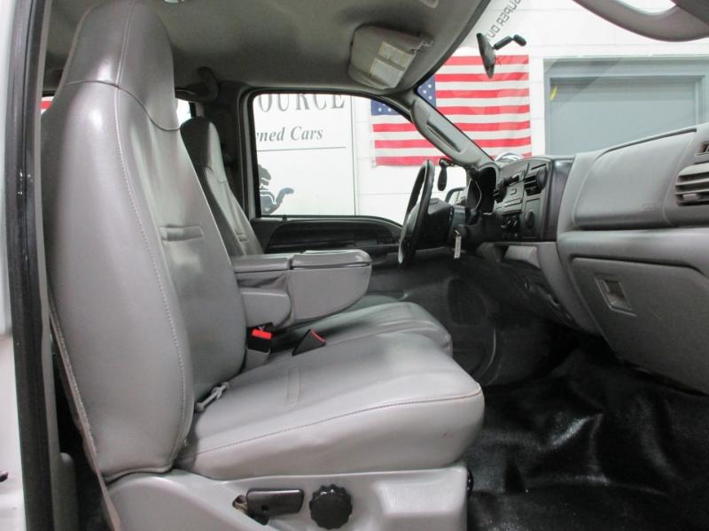 Ford Super Duty F-350 SRW 2006 price $14,950