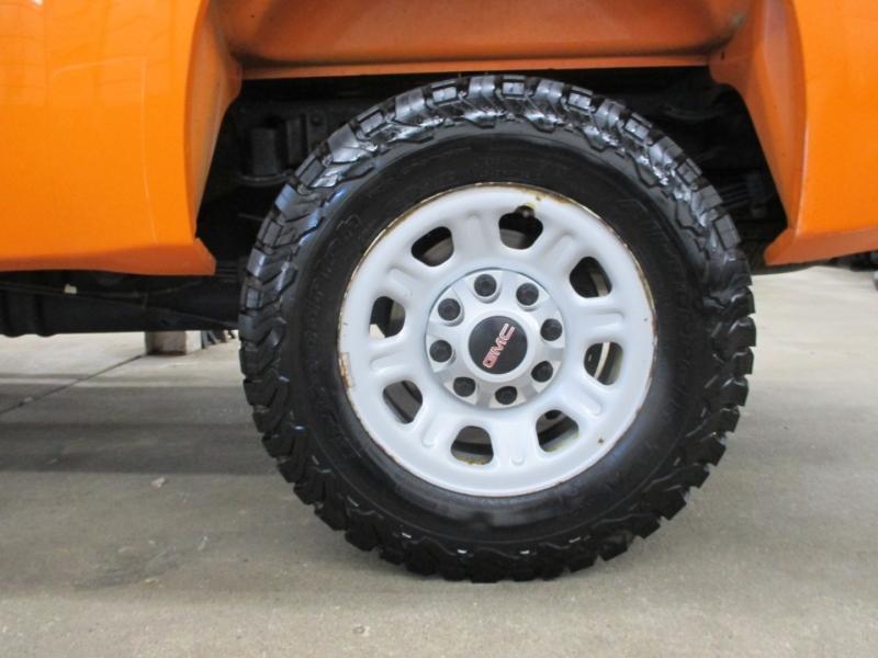 GMC Sierra 3500HD 2013 price $25,950