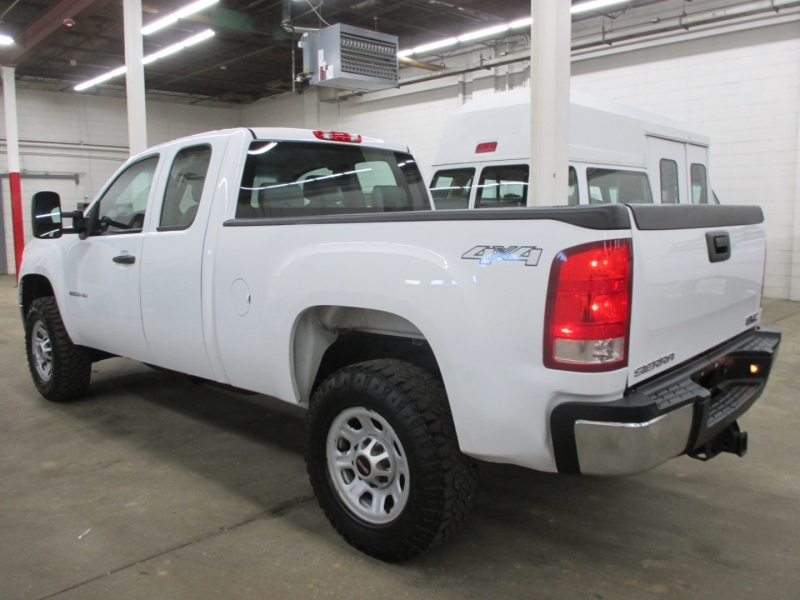 GMC Sierra 2500HD 2013 price $13,950