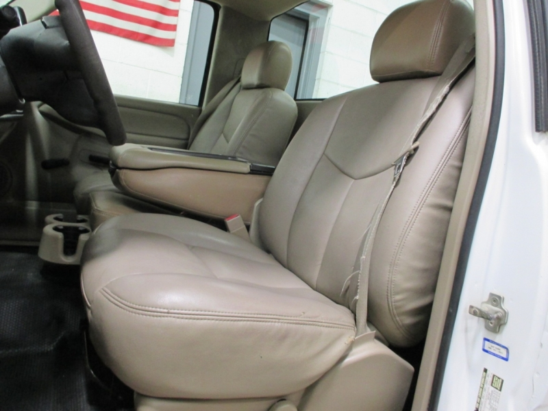 Chevrolet Silverado 1500 2006 price $10,950