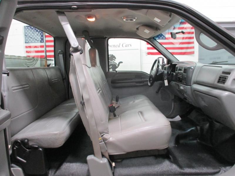 Ford Super Duty F-350 SRW 2002 price $5,950