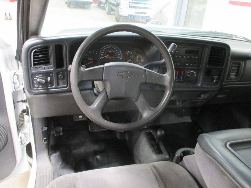 Chevrolet Silverado 2500HD 2006 price $12,450