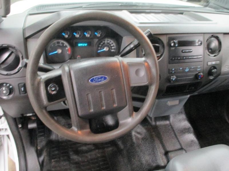Ford Super Duty F-250 XL 2WD 2013 price $22,950