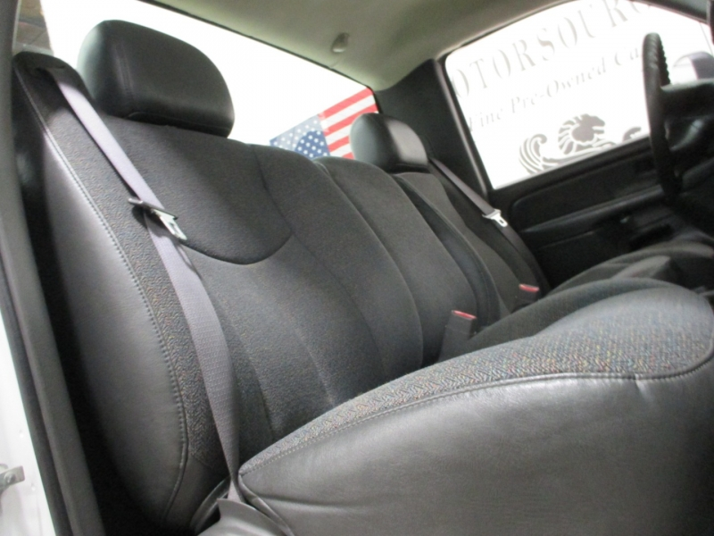 Chevrolet Silverado 3500 4WD 2007 price $18,950