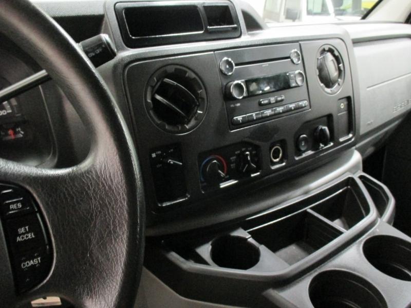 Ford Econoline Cargo Van 2011 price $8,950
