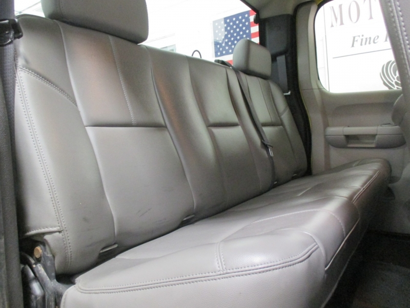 Chevrolet Silverado 2500HD 2007 price $10,950