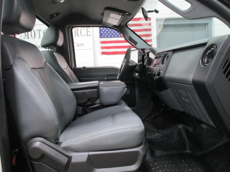 Ford Super Duty F-250 XL 4WD 2011 price $12,950