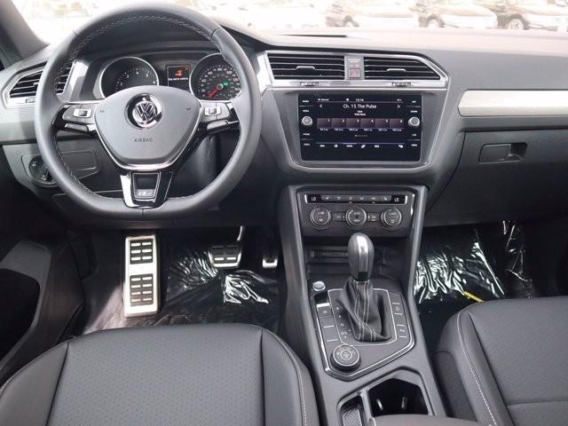 Volkswagen Tiguan 2021 price $31,964