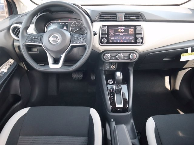 Nissan Versa 2020 price $16,828