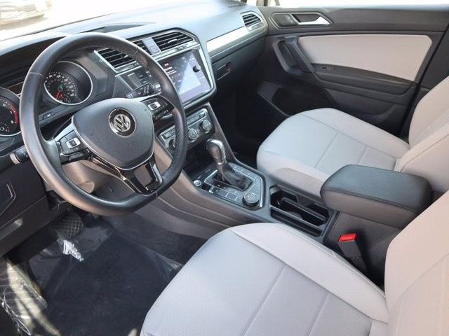 Volkswagen Tiguan 2019 price Call for Pricing.
